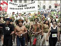 Marchas en la contracumbre de Viena.