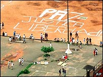 Prisoners in Carandiru Prisons courtyard in Sao Paulo in 2001.