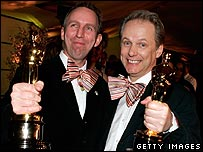Animators Steve Box (left) and Nick Park holding their Oscars