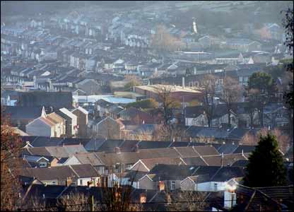 Iain Mulford sent in this shot overlooking Ton Pentre and Gelli in Cwm Rhondda on a sunny winter day