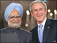 Manmohan Singh and George Bush in Delhi
