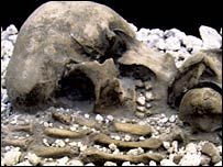 Close-up of young woman buried in Bronze Age eruption (PNAS)