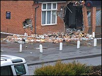 The gang tore the ATM from the wall of the Nat West Bank in Peppard Road