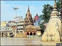 A view of Varanasi ghats