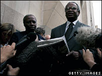 Richard and Gloria Taylor outside court