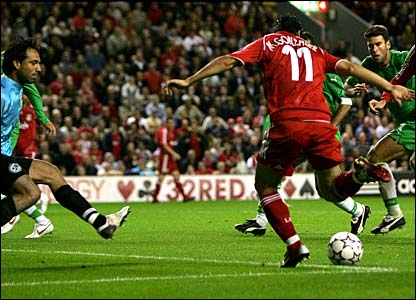 Mark Gonzalez scores the winner for Liverpool