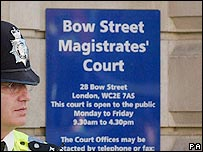 Policeman outside Bow Street Magistrates Court