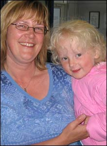 Yvonne Smith, from Orkney, with her three-year-old daughter Amber
