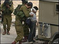 Israeli troops arrest 11-year-old Palestinian boy in Hebron