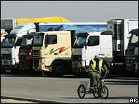 Trucks queue up at the Karni crossing in November