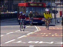 Blackfriars Bridge cycle lane