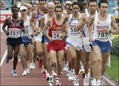 The men's marathon starts with four laps of the Ullevi stadium
