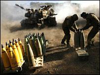 Israeli forces on Lebanon border (12 Aug)