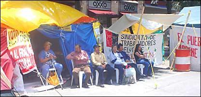 Campamentos de la resistencia civil en la ciudad de México.