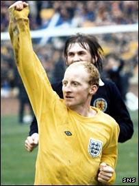 Jimmy Johnstone celebrates after Scotland's 2-0 defeat of England