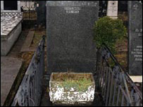 Milosevic's mother's grave