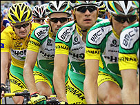 Floyd Landis rides behind his Phonak team during the 2006 Tour de France