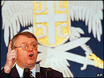 Serb Radicals' leader Vojislav Seselj (archive pic)