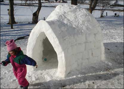 Esyllt Rosinelli Richards sent in this shot of an igloo built at Trisant, Devil's bridge, Aberystwyth