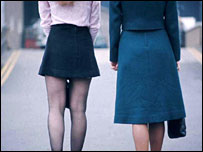 Women in a mini-skirt and maxi-skirt (file picture, 1970)