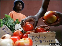 Tomatoes for sale in Zimbabwe