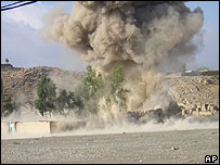 Pakistan's authorities blow up an religious school near Miranshah.