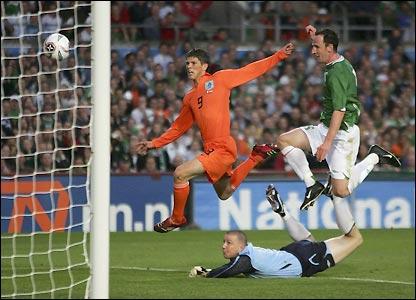 Klaas Jan Huntelaar nets his second of the night