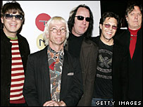 (Left to right): Elliot Easton, Greg Hawkes, Todd Rundgren, Kasim Sulton, Prairie Prince
