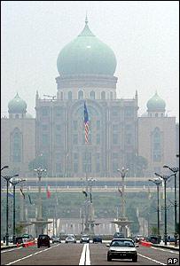 Smog shrouds Malaysian prime minister's office building in Putrajaya, near Kuala Lumpur