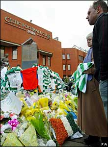 Mourners leave tributes