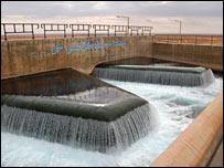 النهر الصناعي ليبيا _41454068_ajdab_bbc_