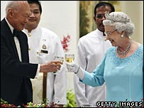 The Queen with Singapore Minister Mentor Lee Kuan Yew during a state banquet