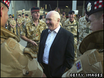 John Reid meets UK troops in Iraq