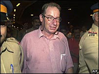 Duncan Grant arriving in India in 2005
