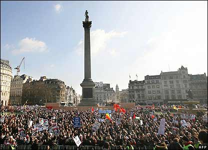 Trafalgar Square crowds