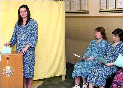 Pregnant women casting their votes
