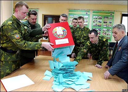 Soldiers counting ballots