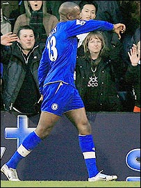 William Gallas walks back to the dressing room after his dismissal at Fulham