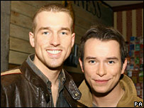 Andy Cowles (l) and Stephen Gately in February 2006