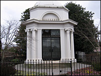 Burns Mausoleum