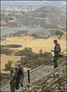 Soldiers on top of the Sun Pyramid