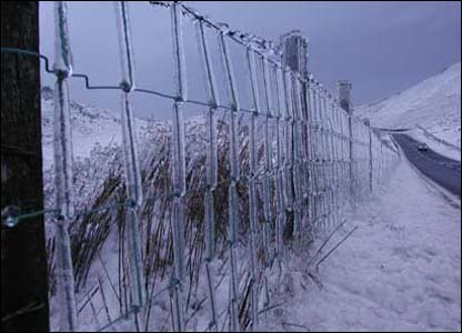 Huw Edwards spotted this cold fence at the top of the Bwlch between Dinas Mawddwy and Dolgellau