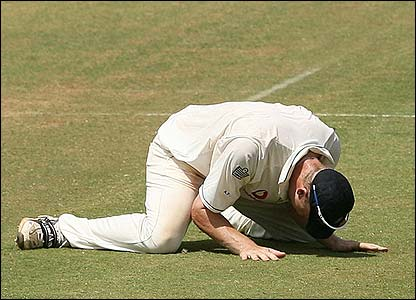 Flintoff slumps to the floor as England win