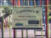 Mandley Park sign