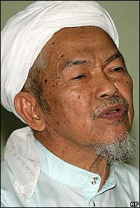 Pan-Malaysian Islamic Party spiritual leader Nik Aziz Nik Mat