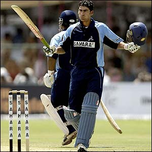 Mohammad Kaif celebrates reaching his hundred