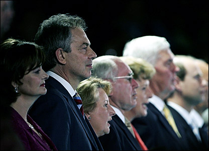 (l-r) Cherie Blair, British Prime Minister Tony Blair, Janette Howard, Australian Prime Minister John Howard and (far right) Prince Edward