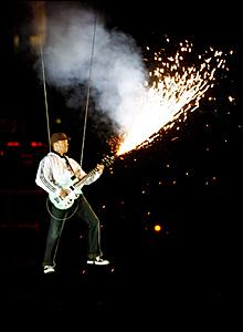 Grinspoon guitarist Joe Hansen