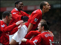 Man Utd players celebrate