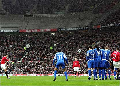 Ryan Giggs scores from a free-kick